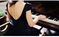 Урок игры на фортепьяно