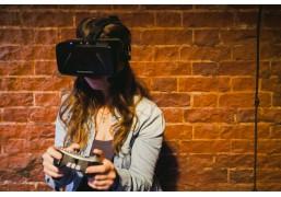 """Командная VR-игра """"Не молчите и никто не взорвётся"""""""